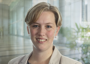 Mirjam van Almelo, Drs., RA, Manager A&A