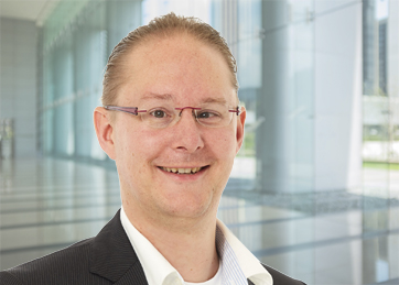 Jeffrey de Bruijn , Drs., Mr., Senior Manager Cyber Security & Privacy